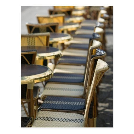 Europa, Frankreich, Paris, Beaubourg: Café-Tabelle Postkarten
