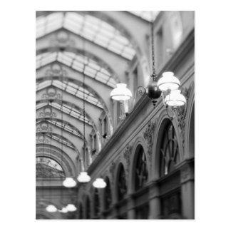 Europa, Frankreich, Paris. Innenraum, Galerie Postkarte
