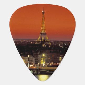 Europa, Frankreich, Paris. Sonnenuntergangansicht Plektrum