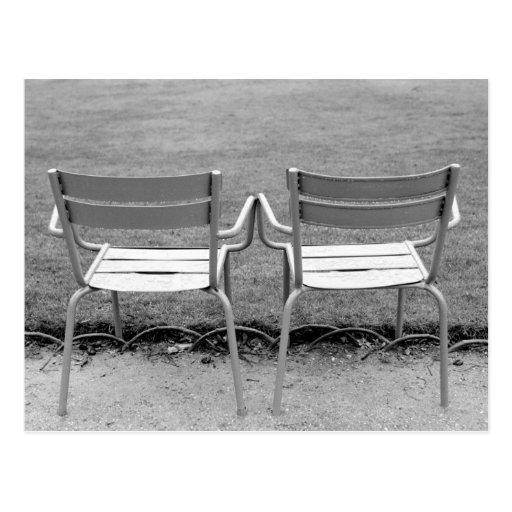Europa, Frankreich, Paris. Stühle, Jardin DU 2 Postkarten