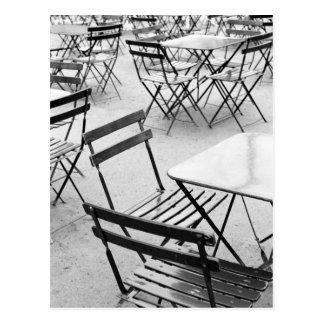 Europa, Frankreich, Paris. Stühle, Jardin DU 3 Postkarte