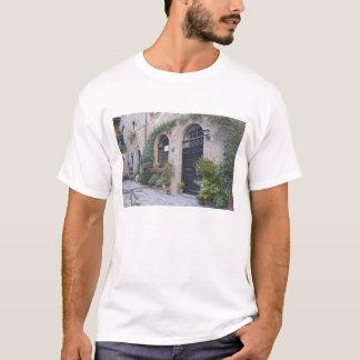 Europa, Italien, Umbrien, Civita, traditionelles T-Shirt