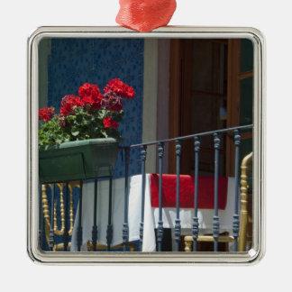 Europa, Portugal. Historische Stadt von Sintra. Quadratisches Silberfarbenes Ornament