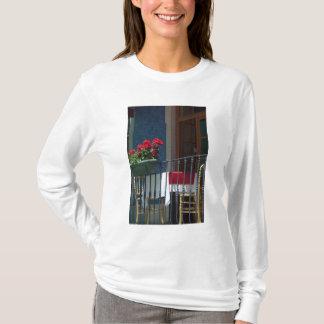 Europa, Portugal. Historische Stadt von Sintra. T-Shirt