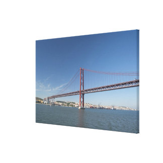 Europa, Portugal, Lissabon alias Lissabon). Ponte Leinwanddruck