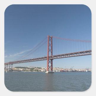 Europa, Portugal, Lissabon alias Lissabon). Ponte Quadratischer Aufkleber