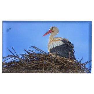 Europäischer weißer Storch, Ciconia, im Nest Tischkartenhalter