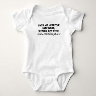 Eurotrip sicheres Wort shirt.png Hemden
