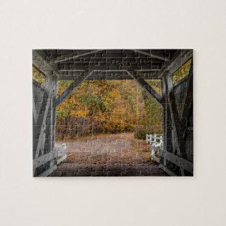 Everatt Straßen-überdachte Brücke Puzzle