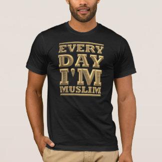 Every day i' m muslim black gold T-Shirt