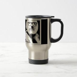 Ewok Niedliches maltesisches mit Gläsern Kaffee Tassen