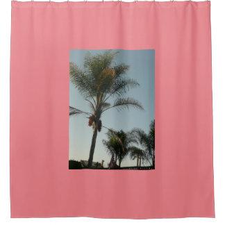 exotische Palme mit blauem Himmel Duschvorhang
