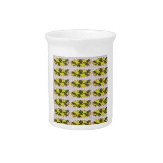 EXOTISCHES olivgrünes Smaragdgrün - Grafikdesign Getränke Pitcher