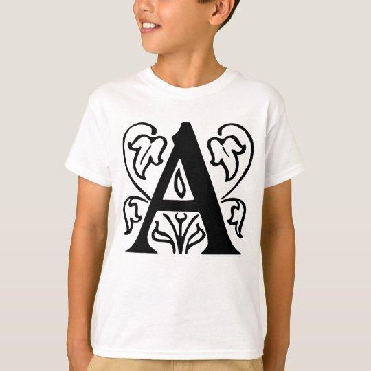 Extravaganter Buchstabe A T-Shirt