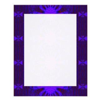 Extravagantes dunkles lila blaues abstraktes flyers