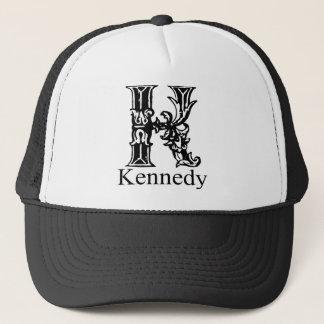 Extravagantes Monogramm: Kennedy Truckerkappe