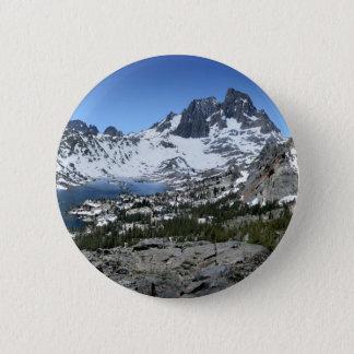 Fahnen-Spitze über Garnet See - Sierra Nevada Runder Button 5,1 Cm