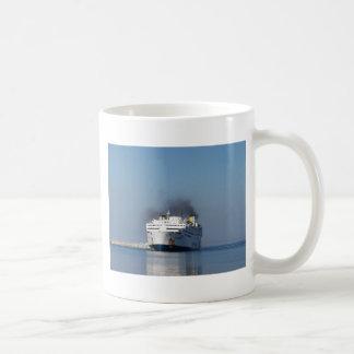 Fähre Lissos, der Limnos verlässt Kaffeetasse