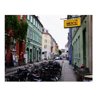 Fahrräder in alter Kopenhagen-Straße Postkarte