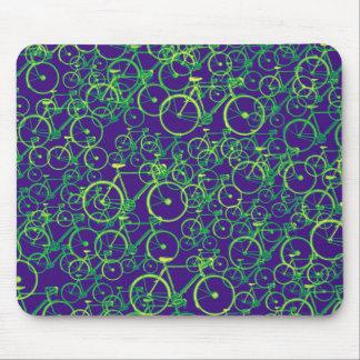 Fahrräder: radfahren-themenorientiertes Muster Mousepad
