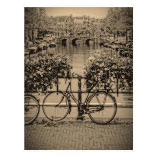 Fahrräder u. Kanäle - klassisches Amsterdam - Postkarte