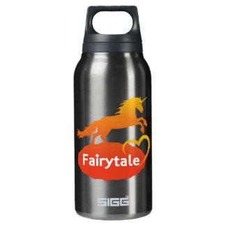 FairytaleUnicorn mit Liebe Isolierte Flasche