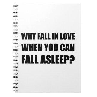 Fall in die Liebe schlafend Spiral Notizblock