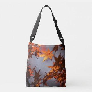 Fall-Märchenland der Herbst-Farbe Tragetaschen Mit Langen Trägern