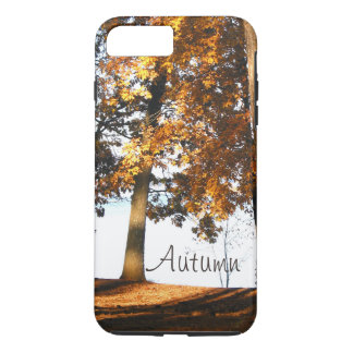 Fallahornbaum verlässt Herbstmonogramm iPhone 8 Plus/7 Plus Hülle