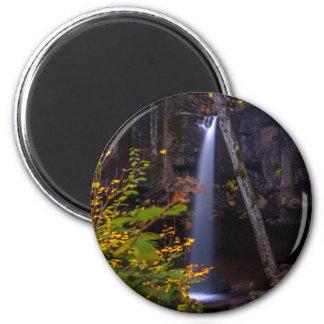 Fallen Runder Magnet 5,1 Cm