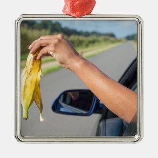 Fallende Schale des Armes des Autofensters der Silbernes Ornament
