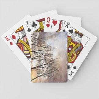 Fallherbstbäume am Sonnenuntergang Spielkarten