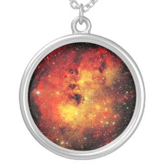 Falln Galaxie auf Feuer Versilberte Kette