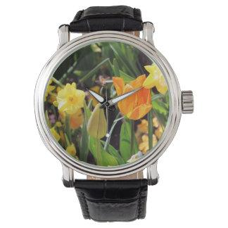Falln kleine Biene im Flug Armbanduhr