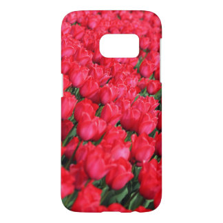 Falln Teppich der hochroten Tulpen