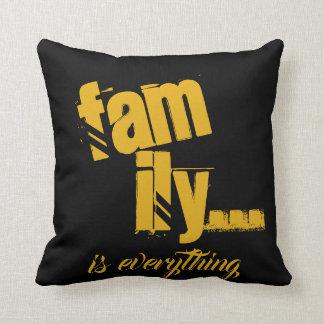 Familie ist alles Senf/schwarze Schmutz-Art - Kissen