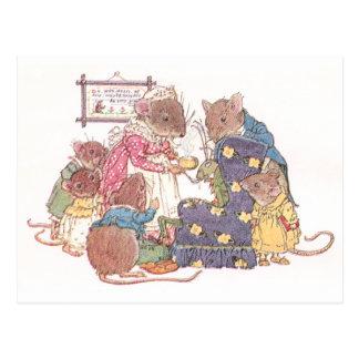 Familie von sechs Mäusen Postkarte
