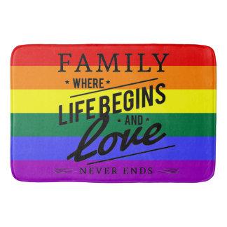 Familien-Liebe Stolzflaggenregenbogen Badematte