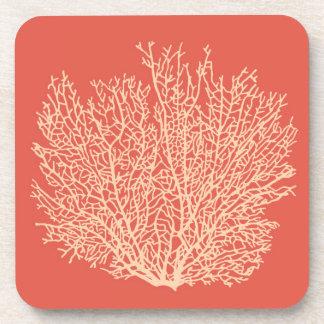 Fan-korallenroter Druck, Pfirsich auf tiefer Getränkeuntersetzer