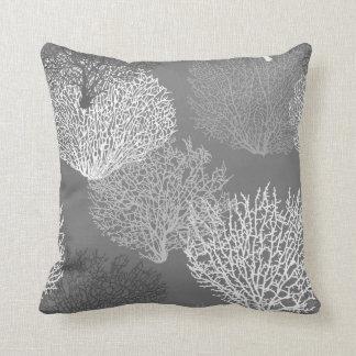 Fan-korallenroter Druck, Schatten des silbernen Kissen