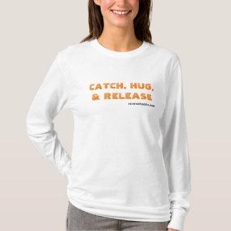 fangen Sie, umarmen Sie und geben Sie das T-Shirt