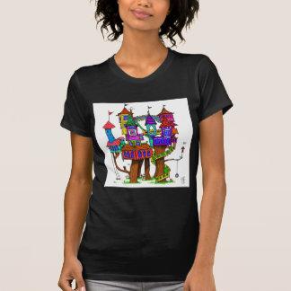 Fantasie-Baumhaus T-Shirt