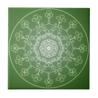Fantasie Goth Mandala-vierblättriges Kleeblatt Fliese