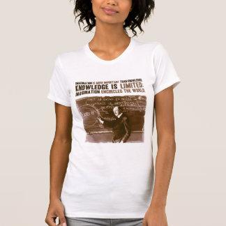 Fantasie ist wichtiger als Wissen T Shirts