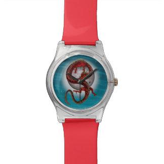 Fantasie-östlicher roter Drache Armbanduhr