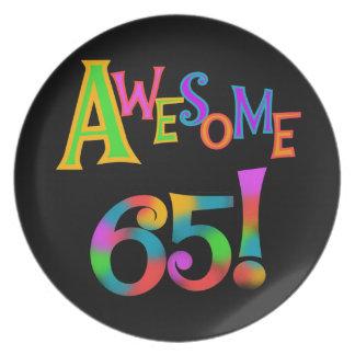 Fantastische 65 Geburtstags-T-Shirts und Geschenke Flacher Teller
