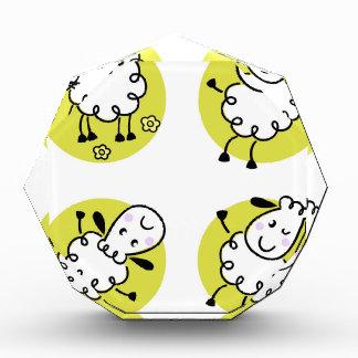 Fantastische kleine Baby Lamm-Gekritzelcharaktere Acryl Auszeichnung