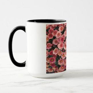 Fantastische rosa Chrysantheme-Gruppe Tasse