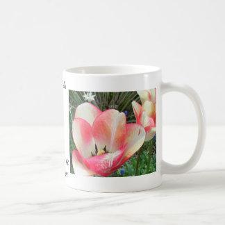 """Fantastische Tulpen"" CricketDiane Kunst u. Tasse"