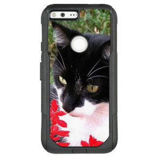 Fantastische Tuxedo-Katze im Garten OtterBox Commuter Google Pixel XL Hülle
